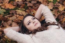 久坐不动容易导致子宫疾病?那女白领应该怎么做?