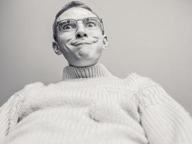 为什么总是很容易情绪激动?应该如何控制呢?