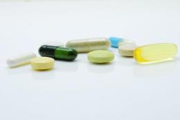 抑郁到底该不该吃抗抑郁药?