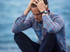 抑郁症有什么主要表现?如何分类?